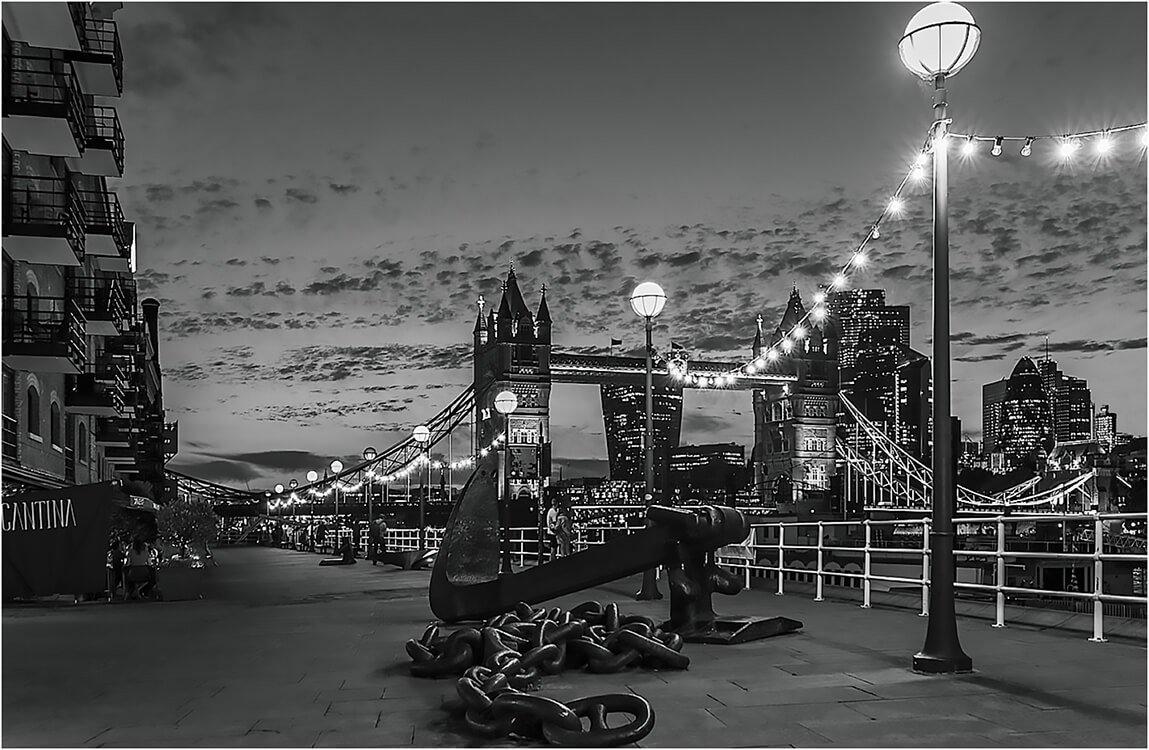 Photocraft Camera Club - Tower bridge at night by Roshan R
